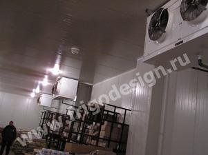 Холодильный склад и воздухоохладители и конденсаторы CROCCO