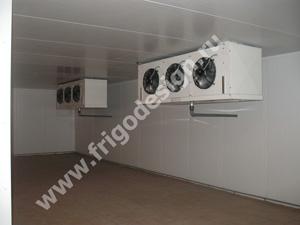 Воздухоохладители и конденсаторы CROCCO для склада хранения мороженного