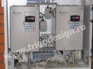 Два частотных привода управления производительностью компрессоров
