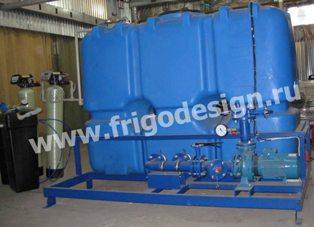 Насосный агрегат с баком, градирня и система водоподготовки.