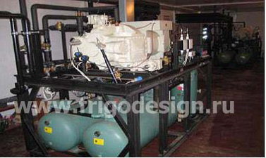 Два холодильных агрегата на базе винтового компрессора J&E Hall суммарной холодопроизводительностью 352 кВт